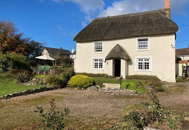 East Wells is a former farmhouse  offering views, seclusion, wonderful gardens and not forgetting an award-winning pub at the end of the lane.