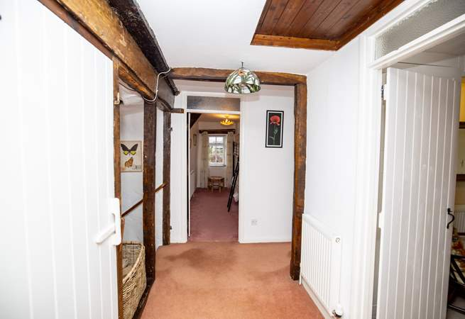 The first floor landing linking all bedrooms and main bathroom.