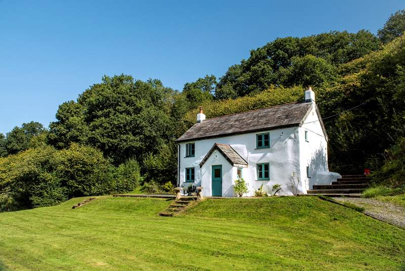 The utterly charming Hillside Cottage.