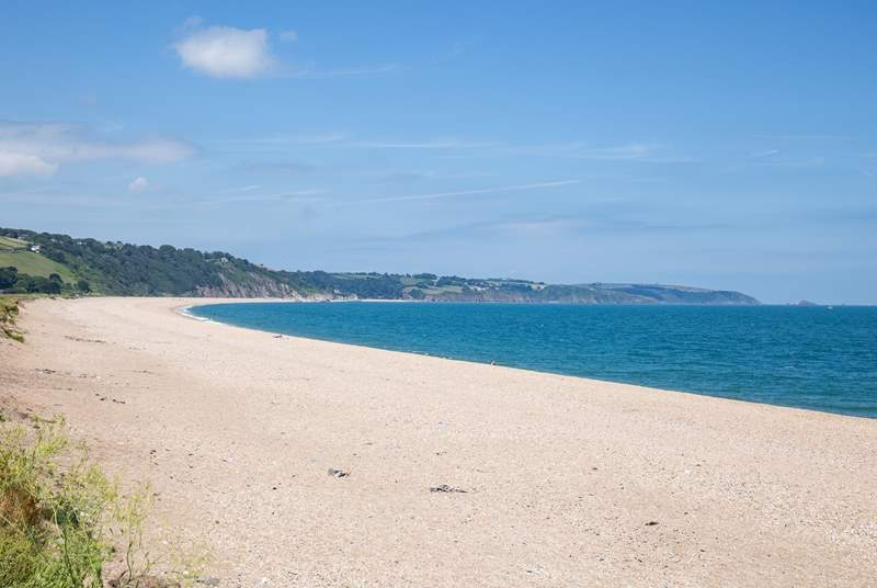 Slapton Sands offers such a fabulous expanse of beach and sea. Great for those walks along the shore.