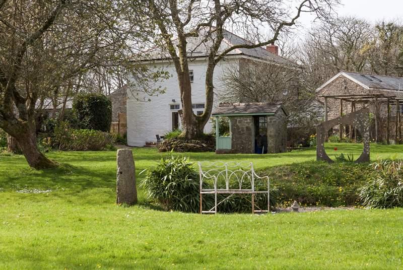 The pretty garden, a perfect picnic spot.