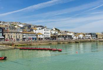 The bustling harbour at St Ives is a walk away, downhill all the way there!
