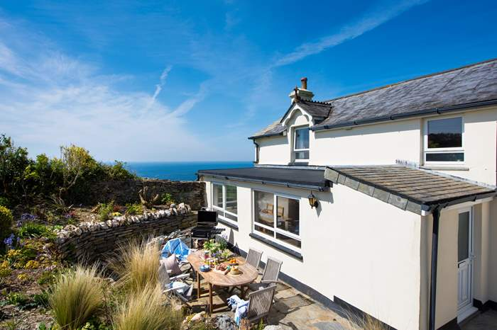 Cottages near Minehousedoor Cove