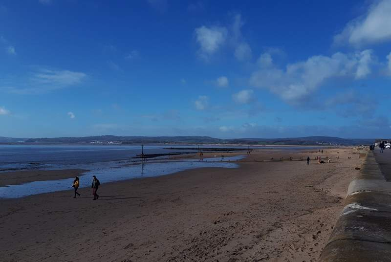 Gorgeous sandy Exmouth beach looking towards Dawlish.