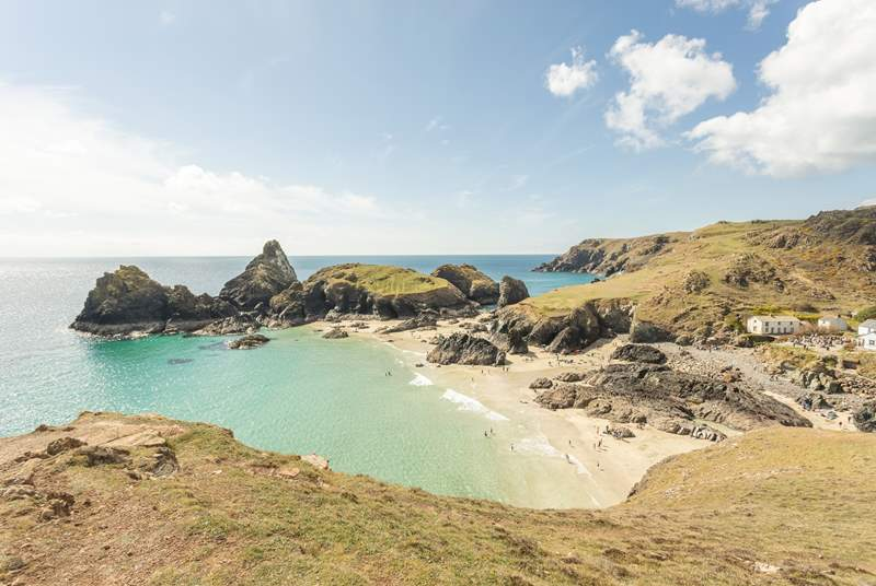 Iconic Kynance Cove is just a short walk away along the coast path.