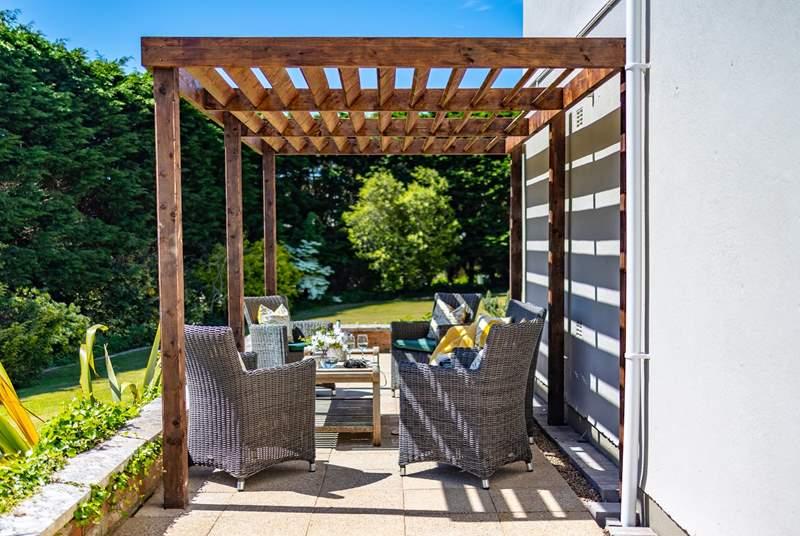 Enjoy the sunshine on the verandah.