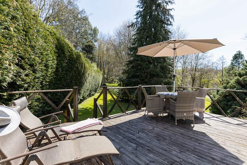 Relax and listen to the birds from the lovely decked area.