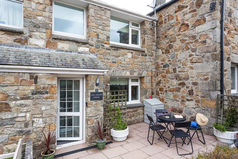 Wheal Charlotte Cottage is set in the heart of one of the prettiest villages in west Cornwall, peaceful Perranuthnoe.