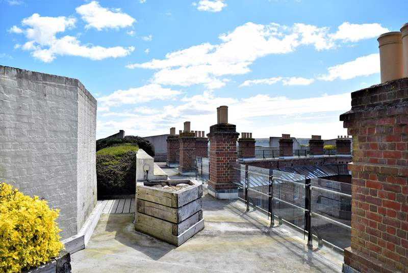 Guests can access the shared roof terrace via a separate entrance within the fort, enjoy the fantastic views from here.