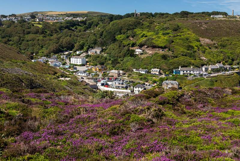 The village of St Agnes leading down to Trevaunance Cove