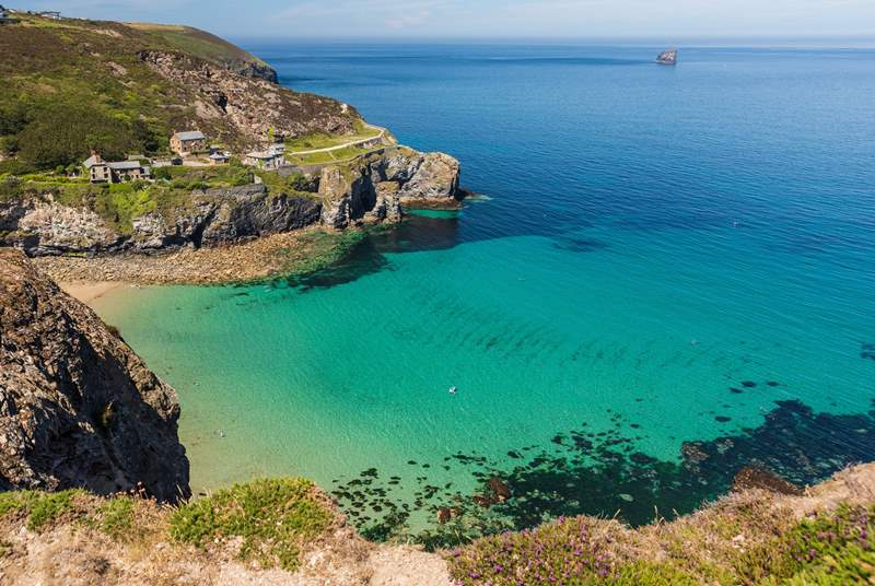 Tropical waters at Trevaunance Cove perfect for a paddle.