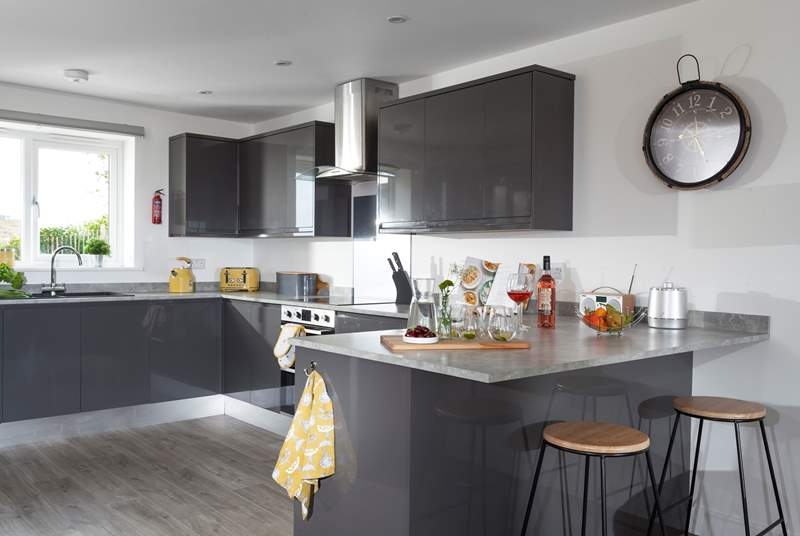 A lovely modern kitchen equipped with all you will need for your holiday in west Cornwall.