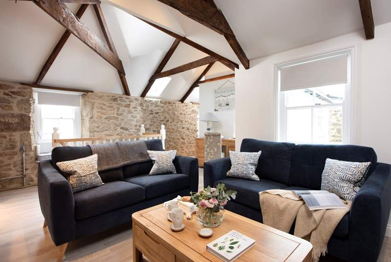 Elegantly furnished The Hideaway is a gorgeous retreat, perfect for a family, two couples or an intimate love nest for two.