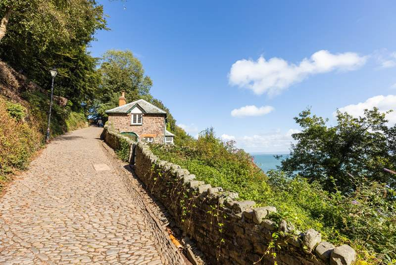 The steep walk along the cobbles to the village of Clovelly.