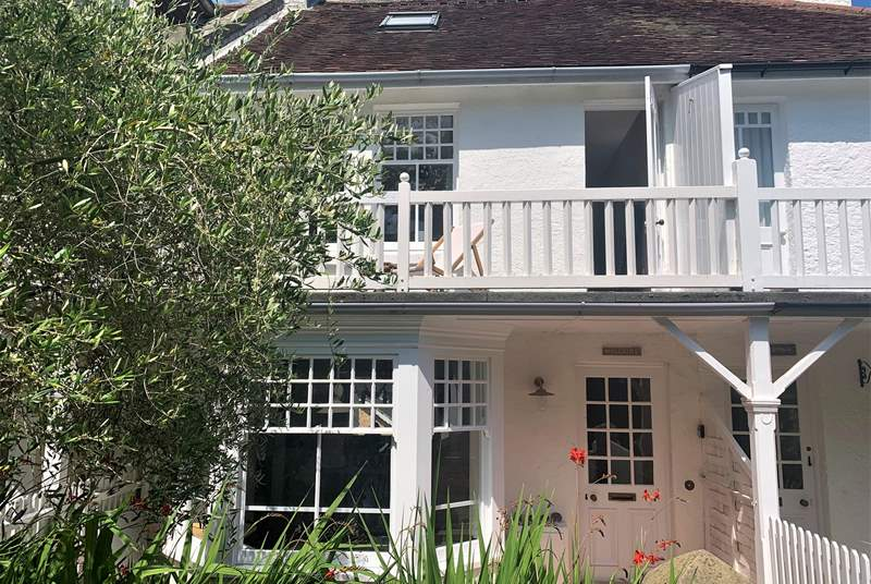 Welcome to Hillside situated in Seagrove Bay.