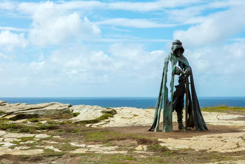 King Arthur's statue stands proudly on the cliff at Tintagel.