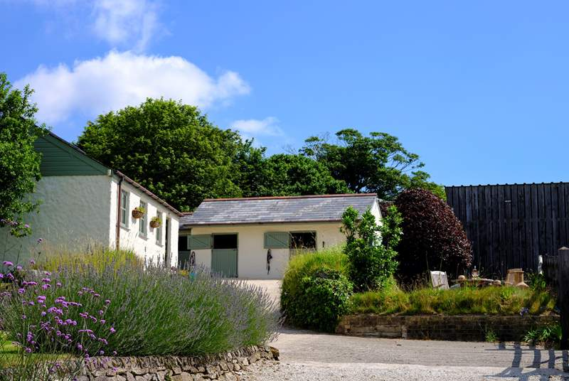 Little Downderry Barn, just outside the village of Coombe.