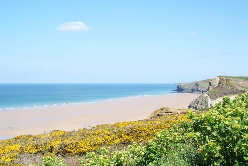 Watergate Bay, home of the Extreme Academy, is a short drive away.