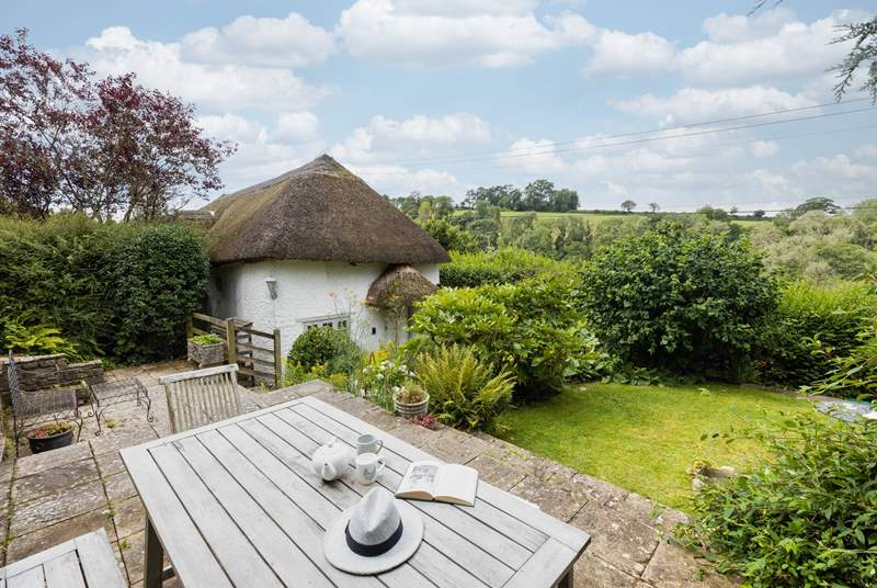 Marlborough Cottage offers such a splendid outside space. What a wonderful spot for a cup of tea and a good book.