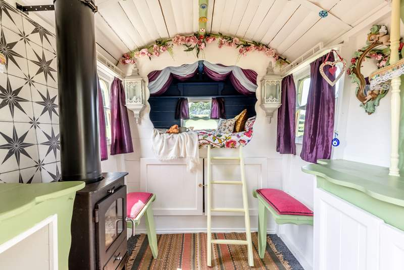 This traditional wagon has so much character.