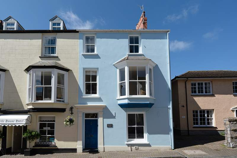 Sea Blue House looks forward to welcoming you on holiday in Tenby.