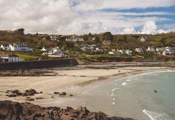 And a lovely sandy beach at low tide.