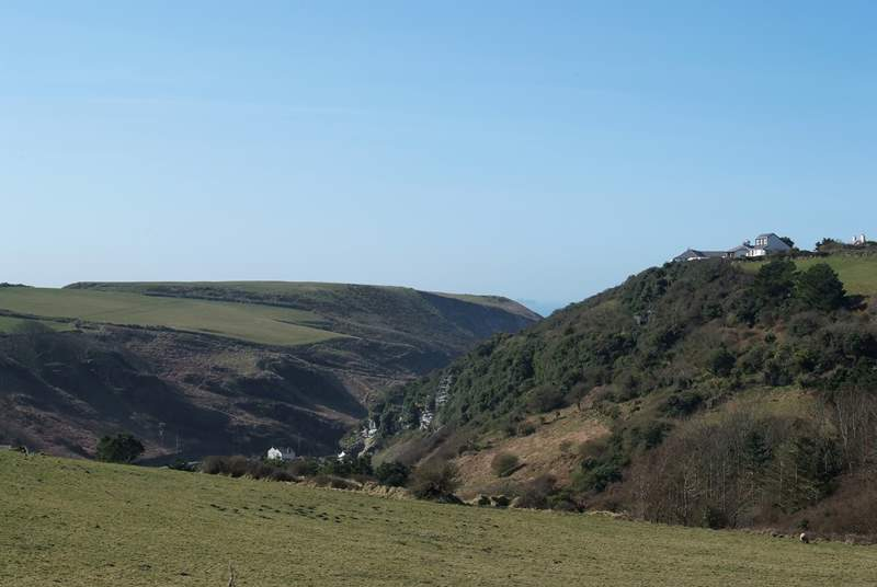 The lovely valley leading down to Trebarwith Strand.