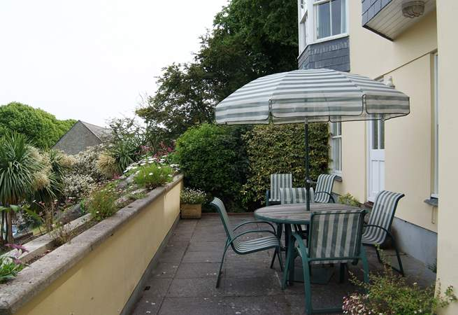 The terrace catches the morning sun and is accessed via the lower ground floor either from the hall or master bedroom.