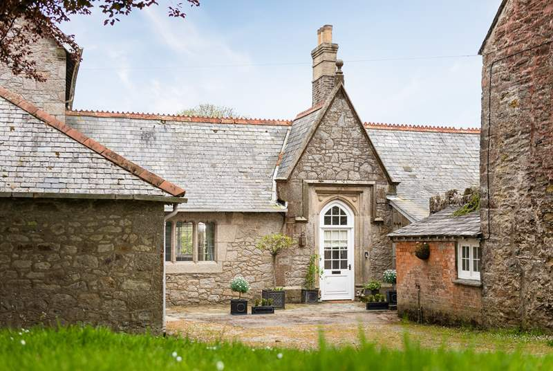 Little Trefusis is a self-contained single-storey cottage attached to the Owners' home but retaining a good deal of privacy.