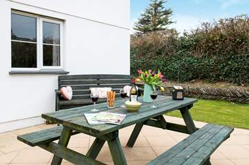 This is a delightful spot for dining alfresco.