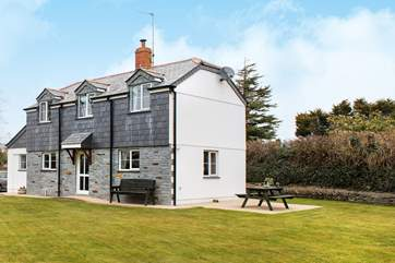 The Haven is a delightful detached cottage with a lovely large garden for all to enjoy.