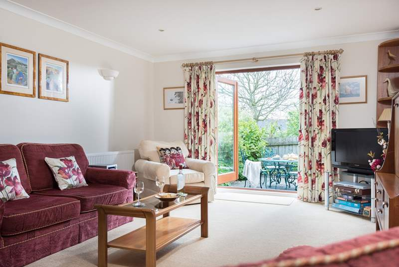 Top quality furnishings and decor throughout the cottage.
