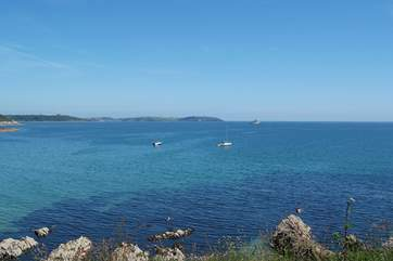 Looking across to the Roseland peninsula from the coastal footpath at Maenporth.
