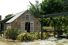 Orchard Vean - Holiday Cottage - 3.7 miles S of Truro