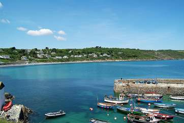 The picturesque harbour, almost directly opposite the village pub, is only a few minutes' walk away down the footpath.