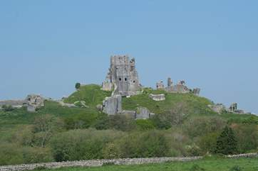 The fantastic National Trust Corfe Castle is very nearby.