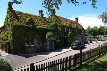 This is the very popular Bankes Arms - an easy walk from Sunnyholme.