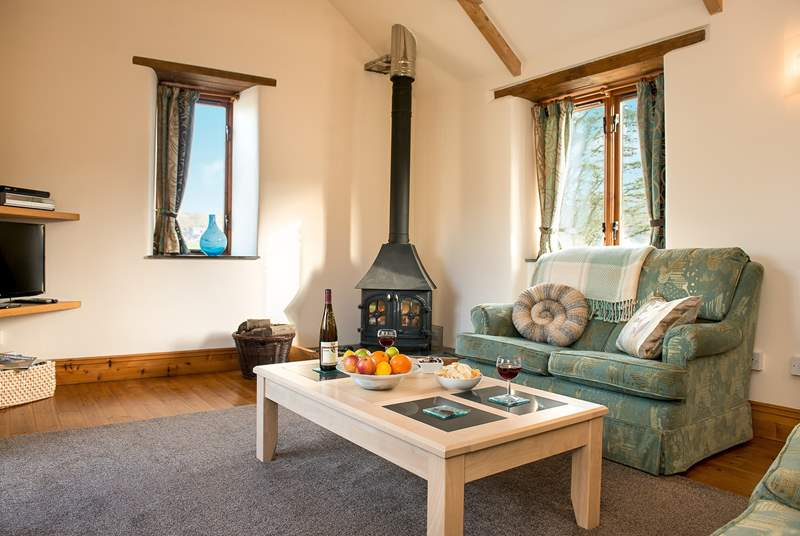 The woodburner makes this an ideal retreat all year round