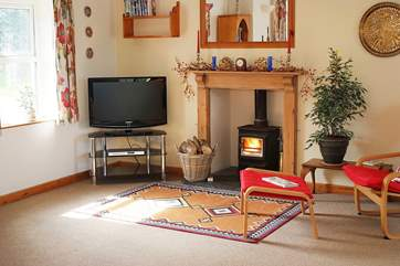 The cosy wood-burner will keep you toasty on those cooler days and evenings at any time of year.
