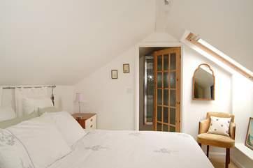 Bedroom 3 has 'zip and link' (double or twin) beds and an en suite shower-room.