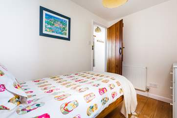 The single bedroom is great for an adult or child with the bathroom right next door.