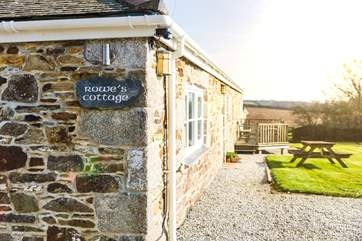 Rowes Cottage looks forward to welcoming you.