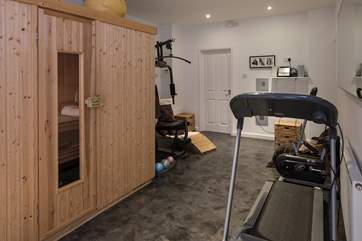 You can even keep fit with this gym equipment, followed by a session in the sauna before taking that well deserved power shower.