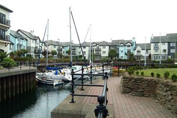 The inner marina at Port Pendennis is just yards from Lock House.