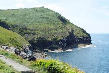 The headland walk is breathtaking and just here you can hear and watch the blow hole on the side of the cliff.