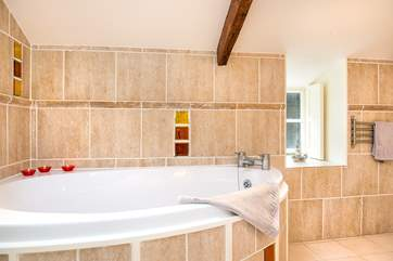 Why not run yourself a bath and relax... you are on holiday!