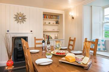 Mealtimes will be a delight in this lovely cottage.