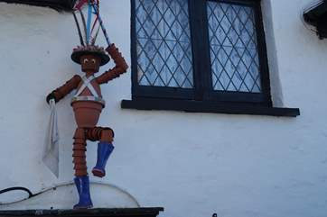 Berrynarbor is the home of the Flower Pot Men and they can been seen throughout the village.