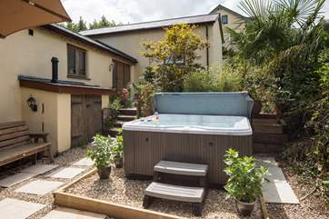 What better way to while away the evening than a soak in the bubbling hot tub.