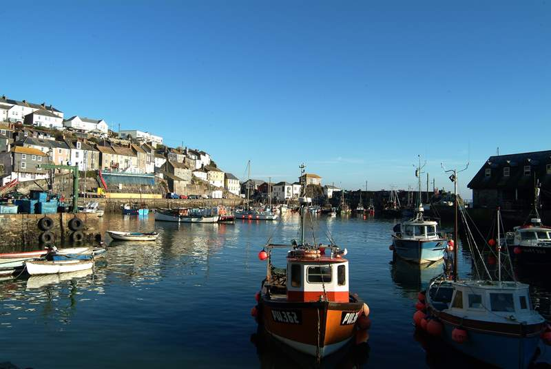 Mevagissey harbour is a level stroll from the cottage.